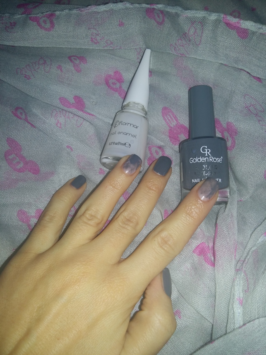 Nail art - DIY marble nails/Как да си направим сами маникюр с помощта на гъбичка за грим