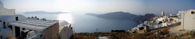Santorini_caldera_panorama