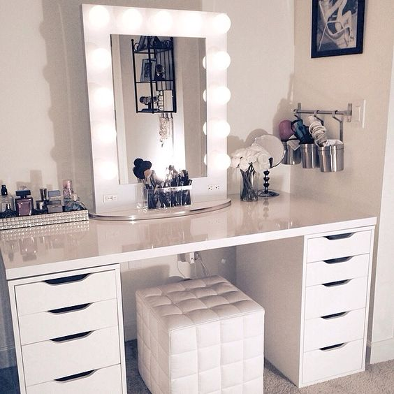 dressing table 1